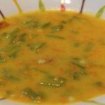Sopa de Feijão Verde e Cenoura Raspada